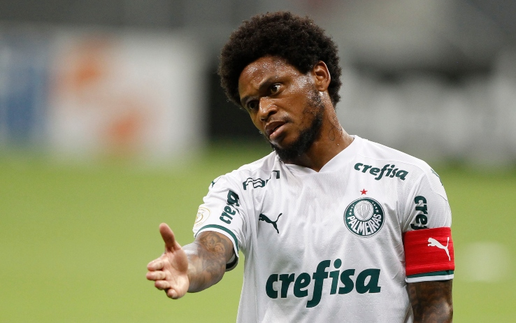 Palmeiras, Luiz Adriano positivo per la seconda volta: esce e investe un ciclista
